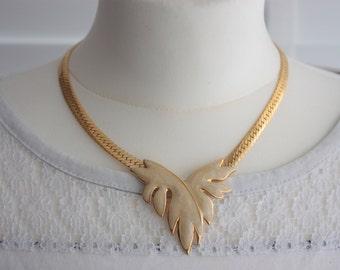 80s NAPIER Necklace - Gold Tone Flat Chain Necklace- Cream Enamel Necklace - Vintage Napier Leaf Necklace