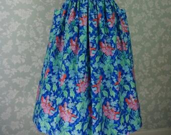 """Blue floral pocket skirt 32""""~ 33"""""""