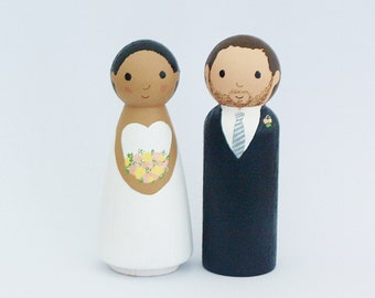 Wedding Cake Topper People  - Bride and Groom Figurine - Personalized Wedding Decoration