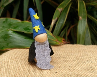Wizard wooden peg person/doll with felt clothing. Montessori and Waldorf inspired.