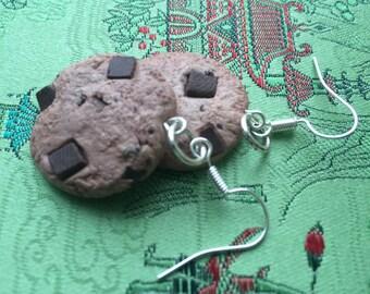 Adorable cookie earrings