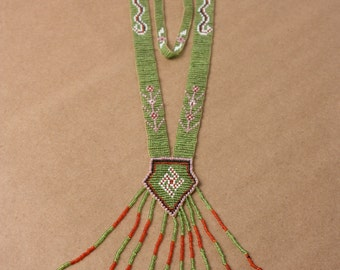 Antique 1920's Handmade Glass Beaded Historical Whirling Log Native American Green/Red Necklace