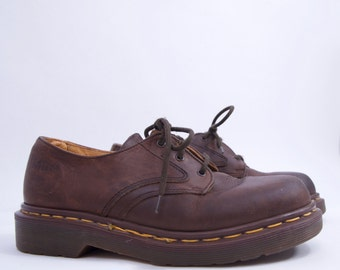true vintage 90s DR MARTENS brown genuine leather oxford shoes Uk 4 US Women's 6 90s style 90s clothing grunge hipster minimalist