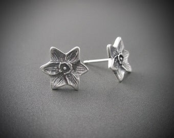 Handmade Small Daffodil Sterling Silver Post Earrings