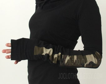 hooded TOP with extra long sleeves/BLACK with camouflage details