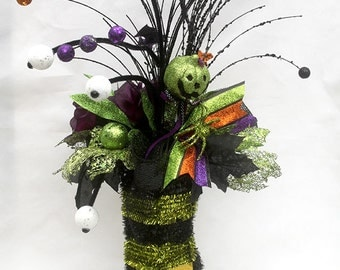 Halloween Witch Boot Arrangement, Witches Boot, Halloween party table decorations, Halloween decor, halloween table centerpiece, eyeballs