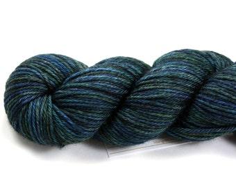 Pacific Crest--hand dyed worsted weight, merino superwash (218yds/100gm)