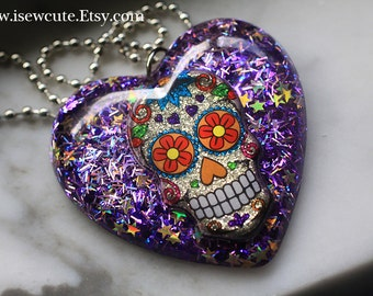 Skull Jewelry, Pendant Big Heart, Sugar Skull Pendant Necklace, Resin Glitter Necklace Handcrafted Purple Jewellery by isewcute
