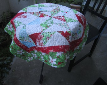 Holiday Table Topper Flurry