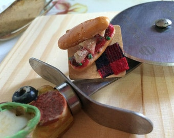 Miniature Meatball Sub Platter Ring
