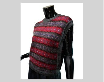 That 70s Sweater Vest! Tabard Vest Size Medium Nordic Red Green Wool Uruguay Cap Sleeve Crowdstyle Foxcroft