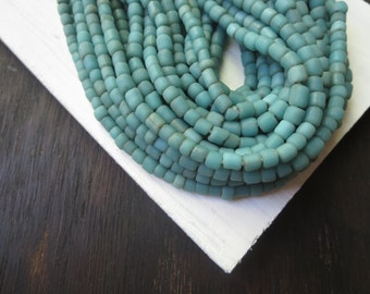 small  green seed beads,  sea green glass beads, Irregular spacer, barrel tube, New Indo-pacific  4 to 7mm / 22 in strand, 6a14-33
