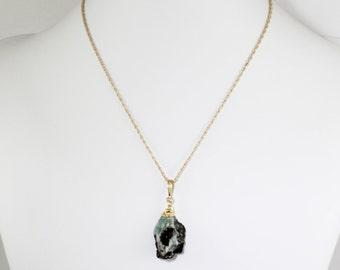 Green Emerald Quartz Crystal Pendant Raw Emerald Necklace Green Emerald Quartz Pendant Raw Stone Necklace Emerald Jewelry EQtz-P-101g