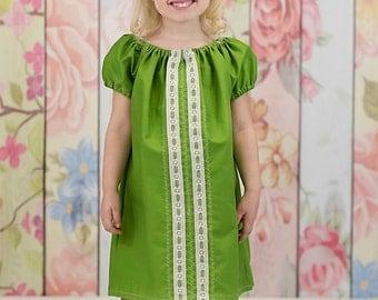 Girl's dress, peasant dress, green dress, Summer dress, Spring dress, infant dress, toddler dress, Bohemian dress, sizes Newborn through  6X