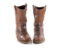 RED WING Boots Vintage Work Boots Brown Leather Western Cowboy Steel Toe Boots Mens size 6.5 / Womens Size 8.5
