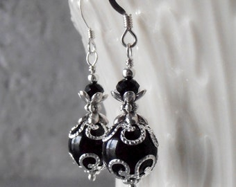 Black Bridesmaid Earrings Swarovski Pearl Dangles Black and Silver Wedding Jewelry Black Pearl Bridesmaid Jewelry Mother of the Bride Gift