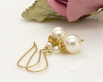 Wedding earrings, Gold ivory pearl earrings, Gold bridal earrings, Gold Pearl drop earrings, Ivory pearl jewelry, Bridal jewelry