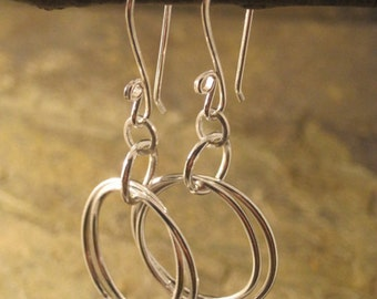 Double hooped intertwined fine silver earrings --- Free shipping --- Ready to ship!