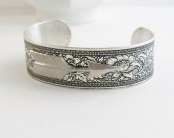 Arrow Cuff,Arrow Bracelet,Arrow Jewlery,ARrow Head,Cuff,Silver Bracelet,Cuff Bracelet,Bracelet,Silver,Antique Bracelet,valleygirldesigns