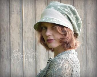 Slouchy Hat Visor Beanie Newsboy Cap in Green Daisy Flowers