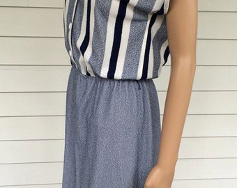 Striped 70s Dress Casual Secretary Blue White 1970s S Terry Cloth Vintage