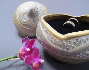 Sparkling Wedding Ring Box