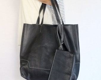 Leather Tote Bag / Handbag / with Samll Pouch - Back