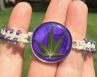 REAL Marijuana Leaf Beaded Hemp Bracelet - Roach Clip Clasp