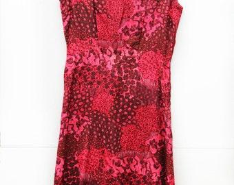 Raspberry Sorbet, Vintage, 1950s Floral Burgundy Pink Midi Dress with Marimekko Style Print, Paris Vintage