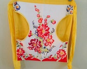 Half Apron Clothespin Apron Laundry Day Apron Pockets Yellow Floral Front