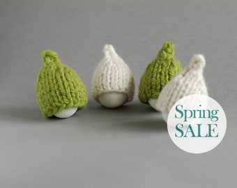 SALE 10% OFF Green and milky white egg hats in rustic style. Set of 4