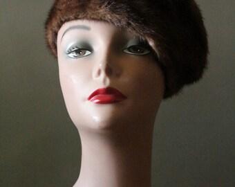 Vintage 30's Brown Mink Fur Turban Cloche Hat