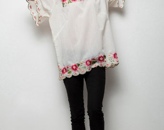 boho floral tunic top vintage 70s embroidered flowers short sleeve one size s m l SMALL MEDIUM LARGE