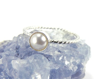 Pearl Ring, Silver Pearl Ring, Silver Stacking ring, Midi Ring, stacking ring, boho rings, june birthstone, freshwater pearl ring, june ring