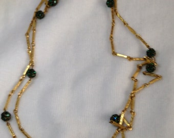 Chain Necklace // Green Rhinestone Beads // Gold Tone  // Vintage