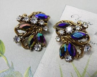 Vintage CORO Blue Aurora Borealis & Rhinestone Clip On Earrings    NCD41