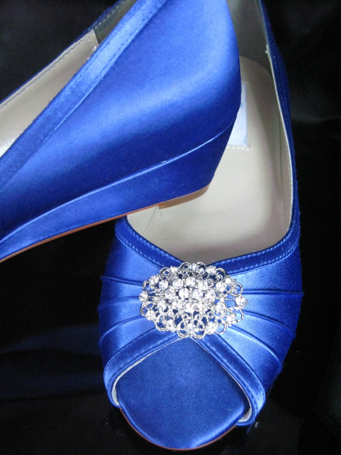 blue wedding shoes blue bridal wedges with vintage oval brooch