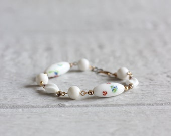 30s Clasp Bracelet . White and Gold Porcelain Jewelry . Beaded Bracelet
