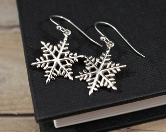 Sterling Silver Snowflake Earrings, Snowflake Jewelry, Winter Wedding Earrings, Winter Earrings, Holiday Earrings, Christmas Earrings