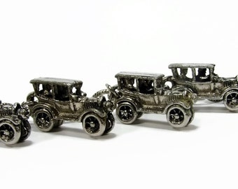 Vintage Car Bracelet, Model T, Car Charm, Charm Bracelet, Vintage Jewelry, 1960s Jewelry, Antique Car, 7 Inch, Jalopy, 3D Charm