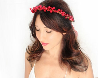 Holiday Headband, red berries, flower Crown, Christmas, Winter Headpiece, Holiday accessory, holiday floral crown, christmas Wedding,