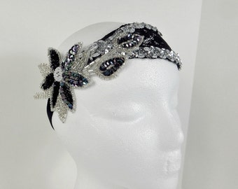 20s Gatsby Wedding Headpiece, 1920s Bridal Hairpiece, Vintage Style Bridesmaid Headband, Silver Sequin Headband with Black Lace