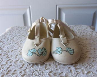 Vintage Baby Shoes - Hand Painted, Display, Collectible, Baby Girl's Room, Prop, Doll Collectors