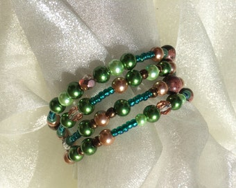 Memory Wire Bracelet with Unakite, Green Aventurine and Glass Beads