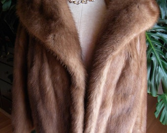Fabulous mink fur coat / jacket / stroller