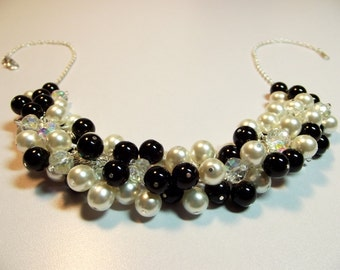 Black and White Pearl Crystal Cluster Necklace, Christmas Mothers Day Gift, Mom Sister Girlfriend Bridesmaid Wedding Jewelry Gift