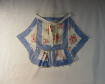 Vintage 1940's Handmade Ladies Apron - Petite Size