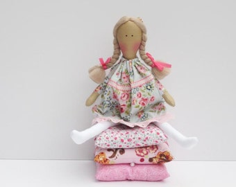 Rag doll Princess and the Pea cloth doll fairy tale princess fabric dollpink blonde handmade stuffed doll play set nursery decor