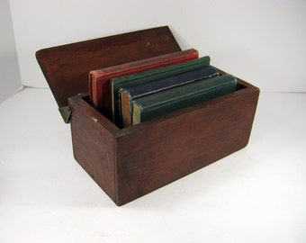 Vintage RUSTIC STORAGE BOX Handmade Wood Lidded Bin Cache Office Organizer