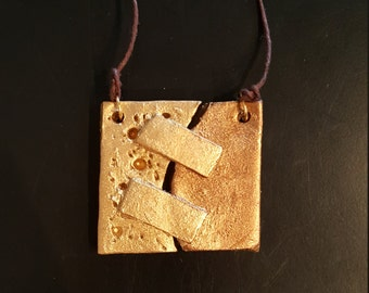 Double gold pendant necklace